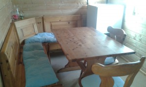 Essecke Holzhütte